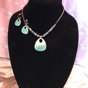 Elegant turquoise enameled necklace :earrings❤️🤪